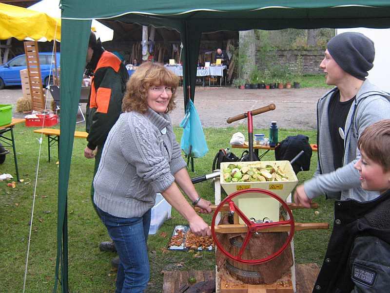 Tag des Apfels - Apfelsaftpresse der Biologischen Station